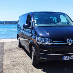 Volkswagen Caravelle 9 places